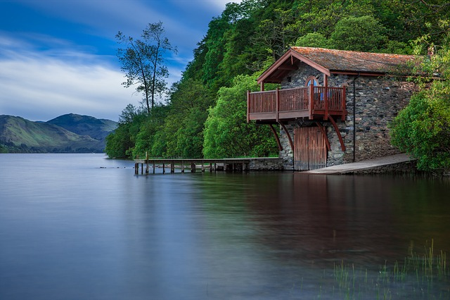 дом лодка, коттедж, вод