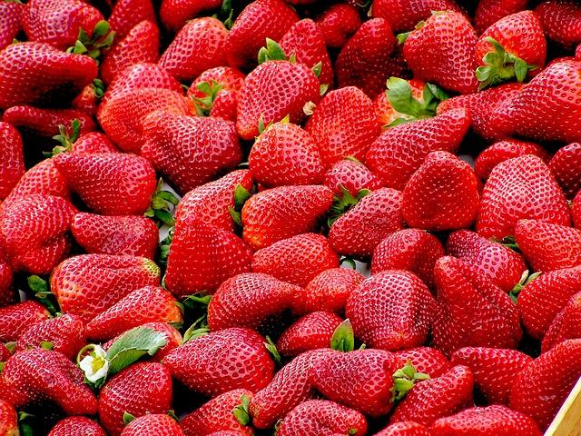 клубника, красный, плоды