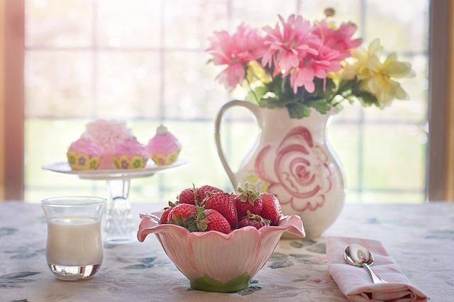 клубника в миску, летом, фруктов