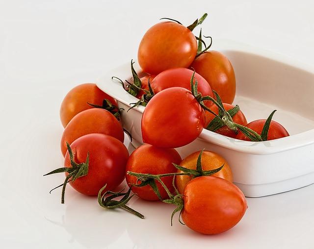 помидор, красный, свежие